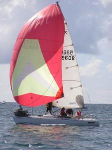 O30 Hull 070 Gettin Air